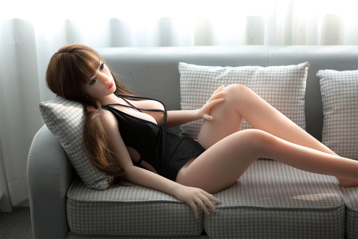 Ellie-NEW 165cm Top Quality Silicone Sex Doll for Men Japanese Lifelike Big Breasts Real TPE Love Doll Oral Anal Pussy Adult Sexy Doll Toys (14)