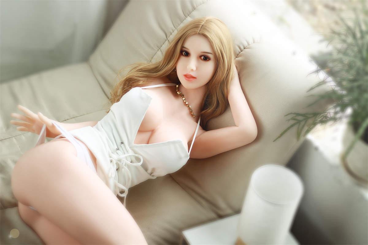 lifelike-sex-doll blonde-sex-doll (4)